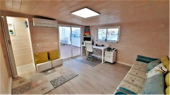 El concepto abierto permite reconvertir el espacio para diversos cuando no se tienen invitados