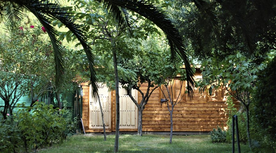 Una cabaña de madera par tu jardín