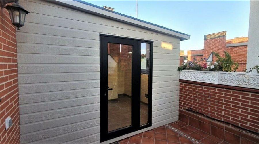 Una caseta de madera en la terraza, la mejor manera de disfrutar de tu terraza